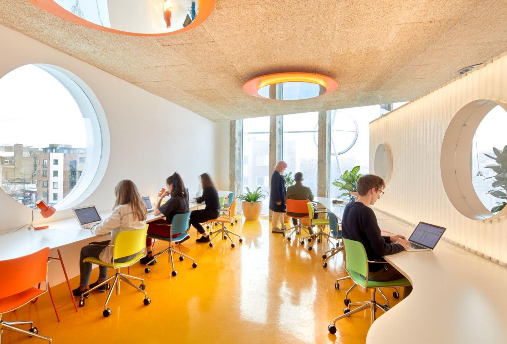 Second Home London Fields por Cano Lasso Architects. Fotografía cortesía de Second Home