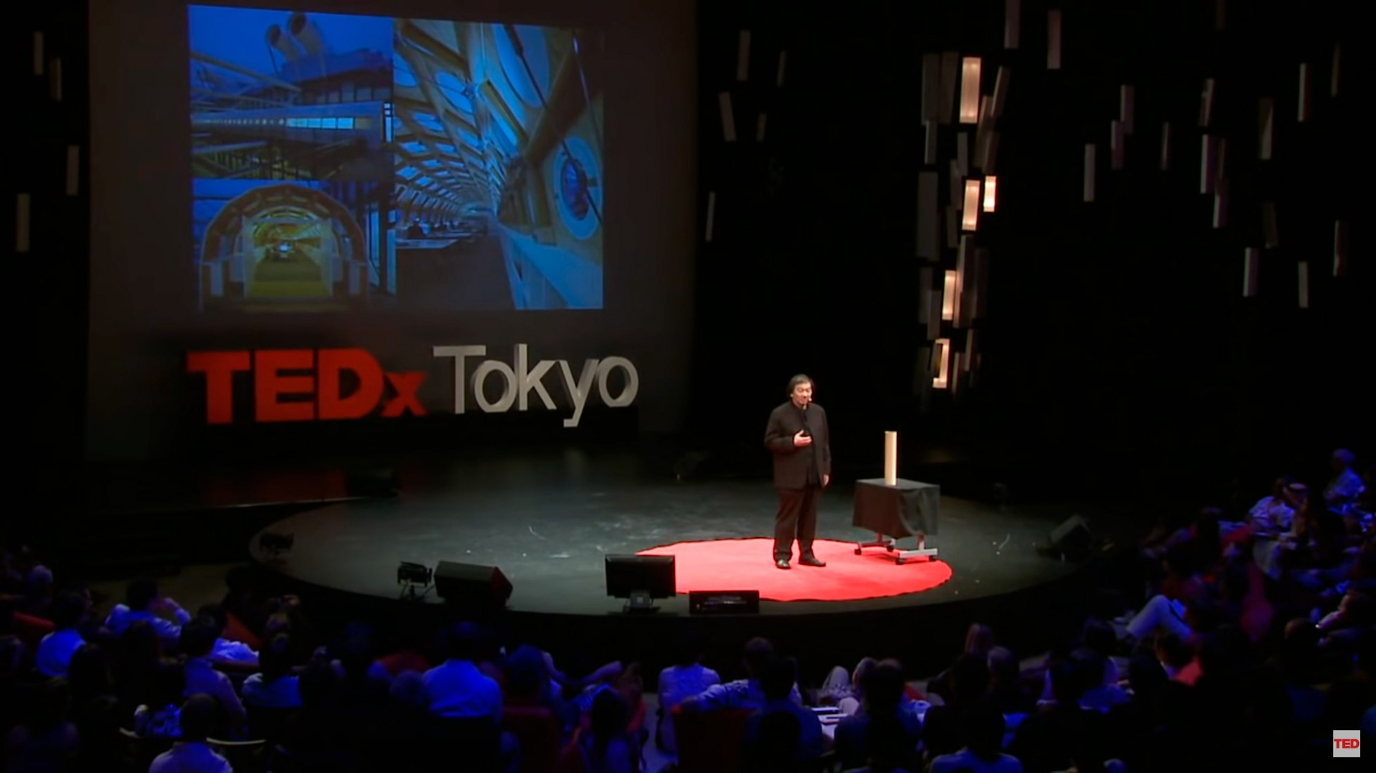 Shigeru Ban: Refugios de emergencia hechos de papel.