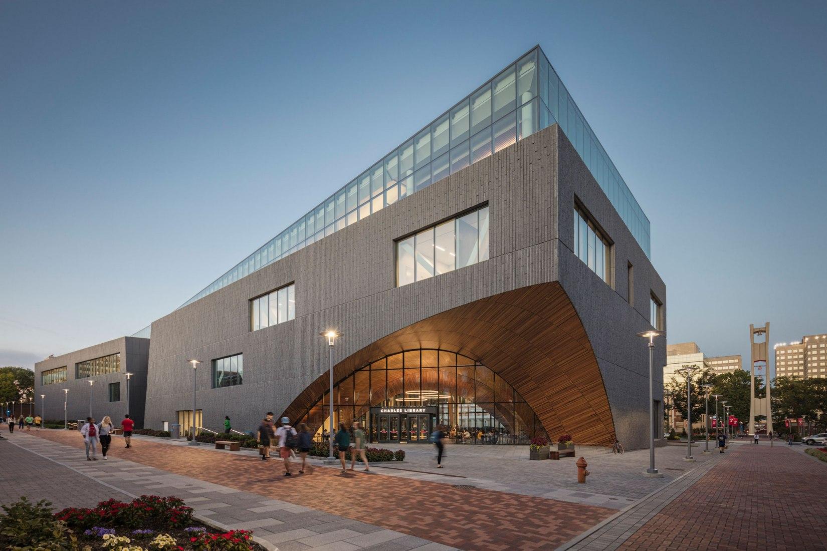 Inauguración de la biblioteca Charles diseñada por Snøhetta | Sobre Arquitectura y más | Desde 1998