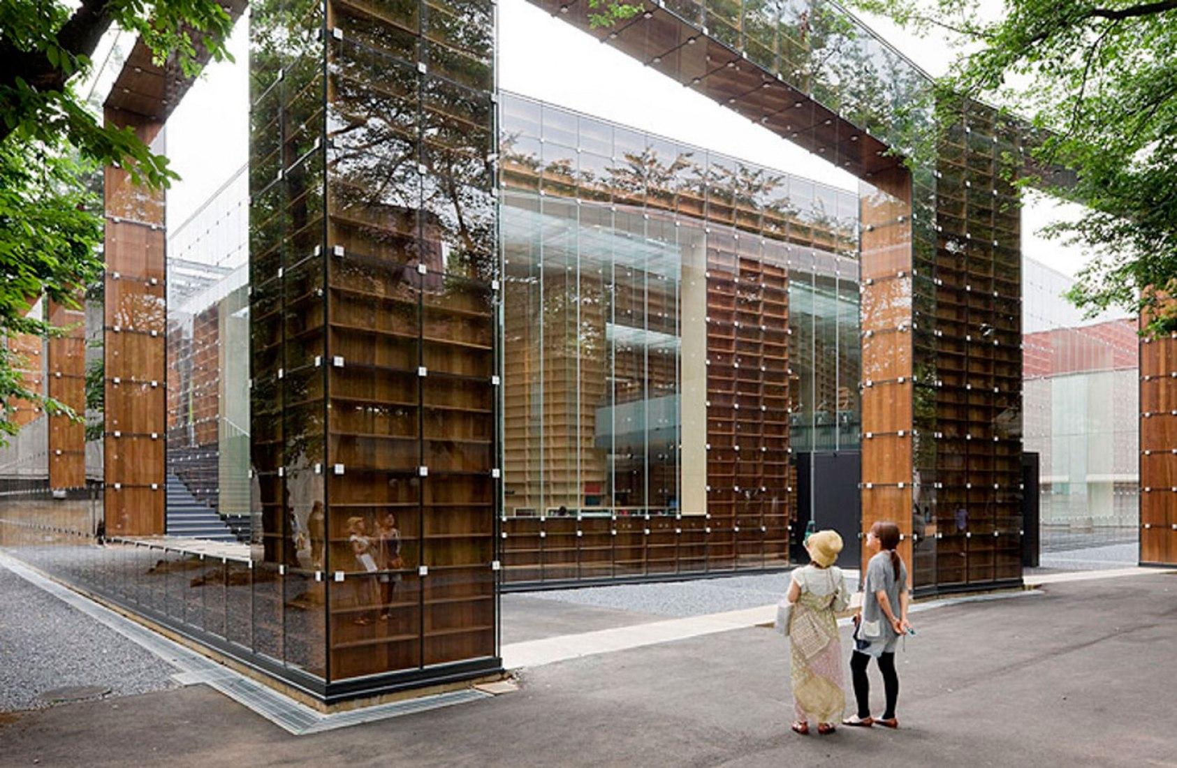 Biblioteca y Museo de la Universidad de Arte de Musashino por Sou Fujimoto. Fotografía © Iwan Baan