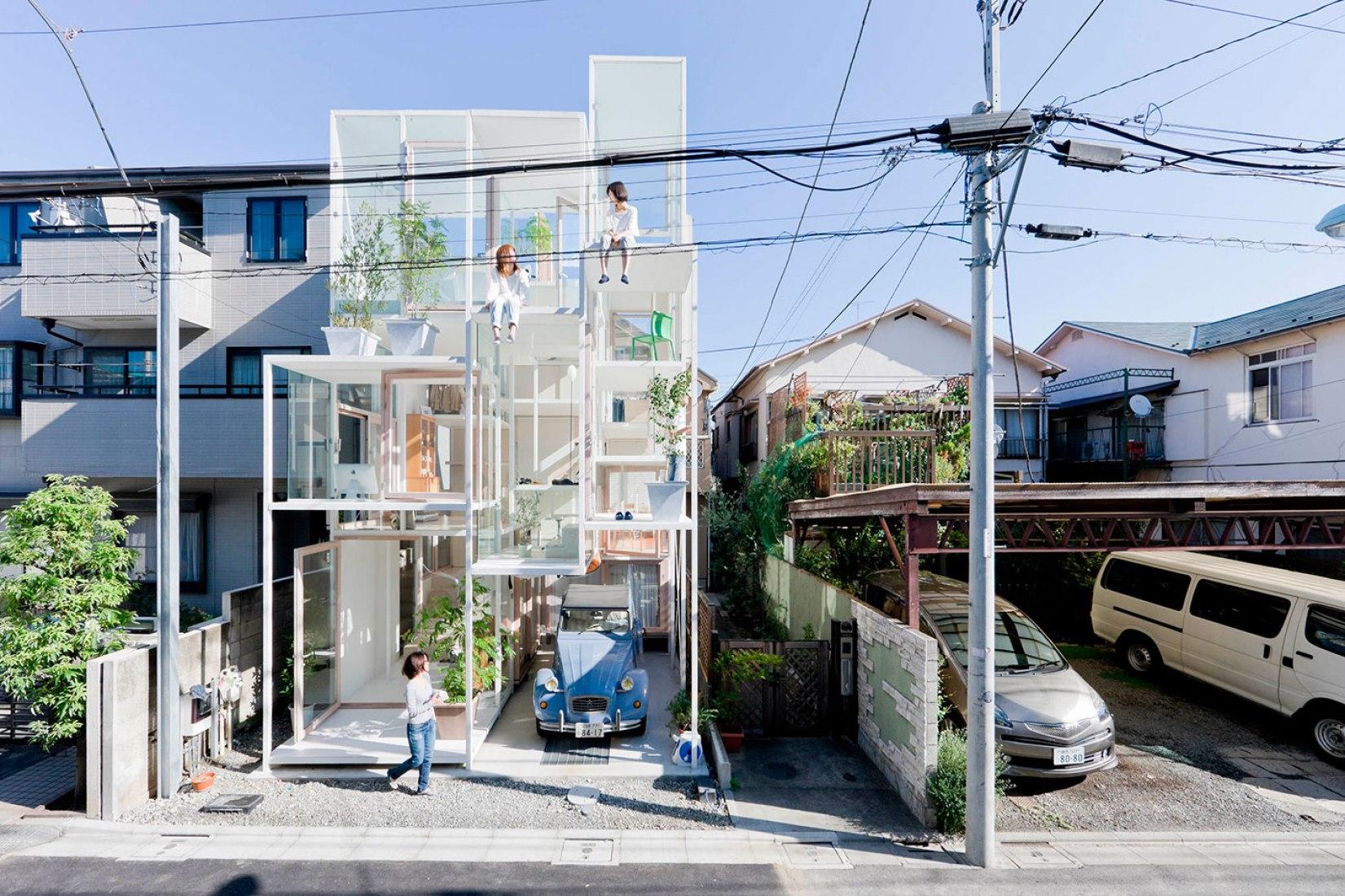 Exterior. Casa NA en Tokio. By Sou Fuijomoto. Fotografía © Iwan Baan