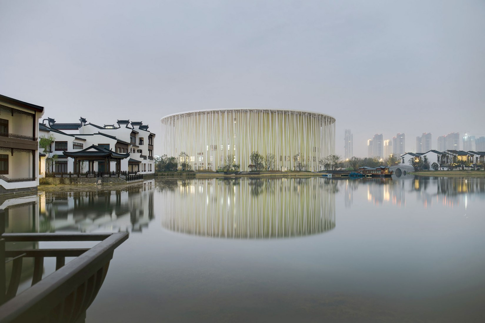 Wuxi TAIHU Show Theatre by Steven Chilton Architects | SCA. Photography by Kris Provoost