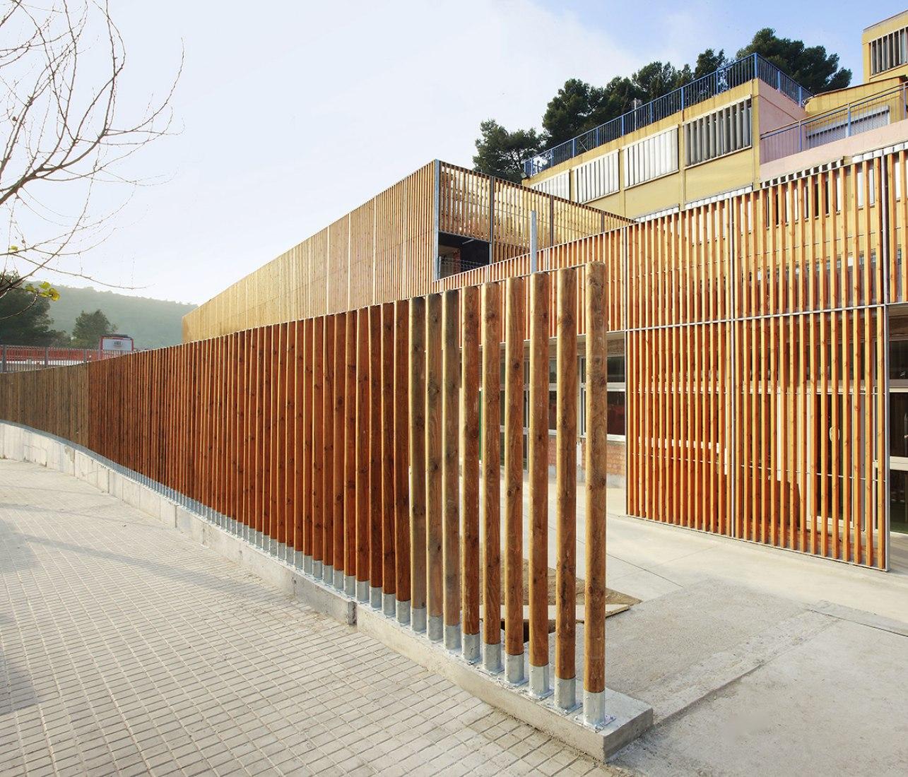 Reforma y ampliación de la Escuela de Sant Gregori por Coll&Leclerc. Fotografía © José Hevia
