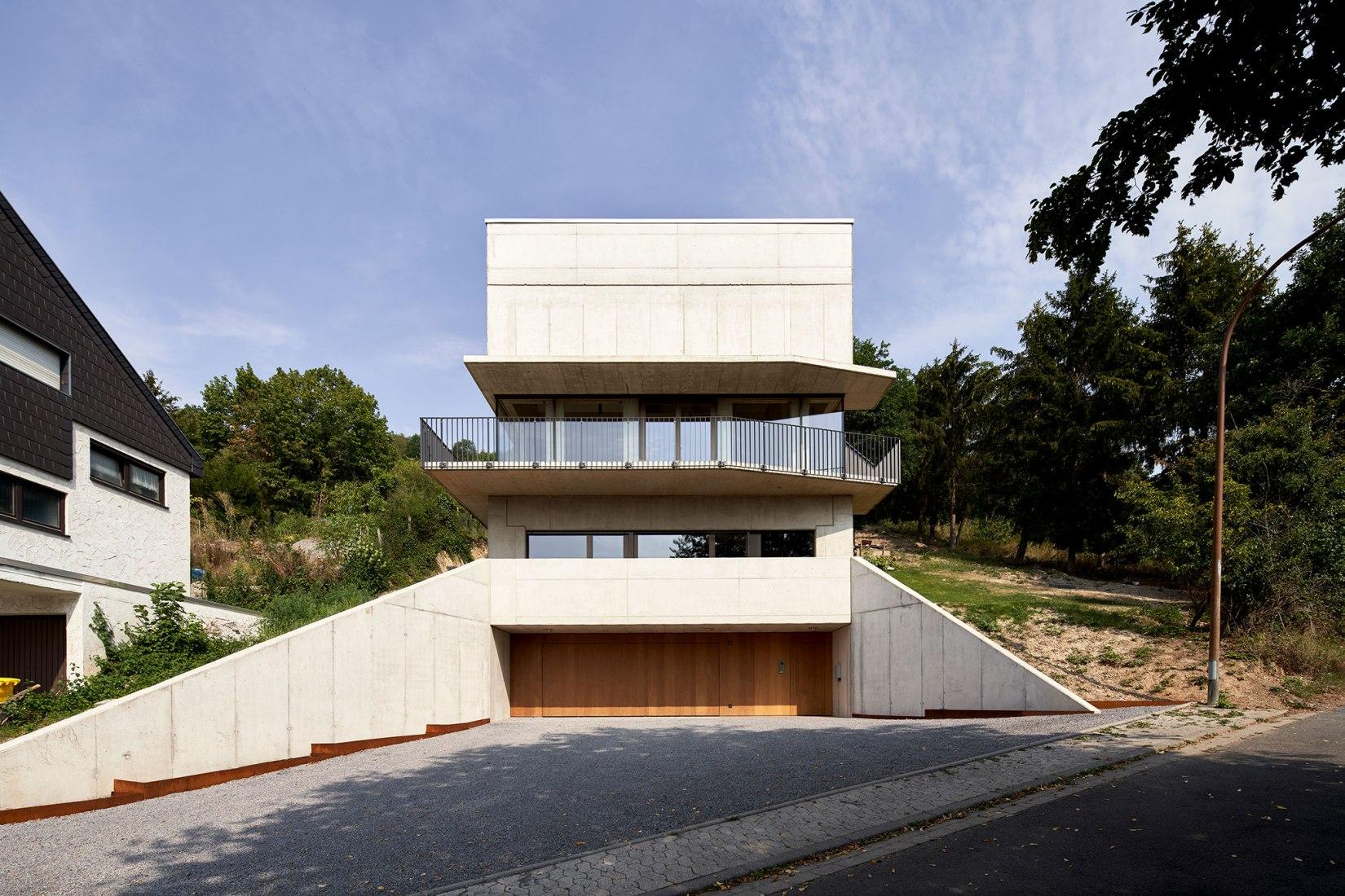 Röhrig House by Studio Hertweck. Photograph by Bildpark / Veit Landwehr.