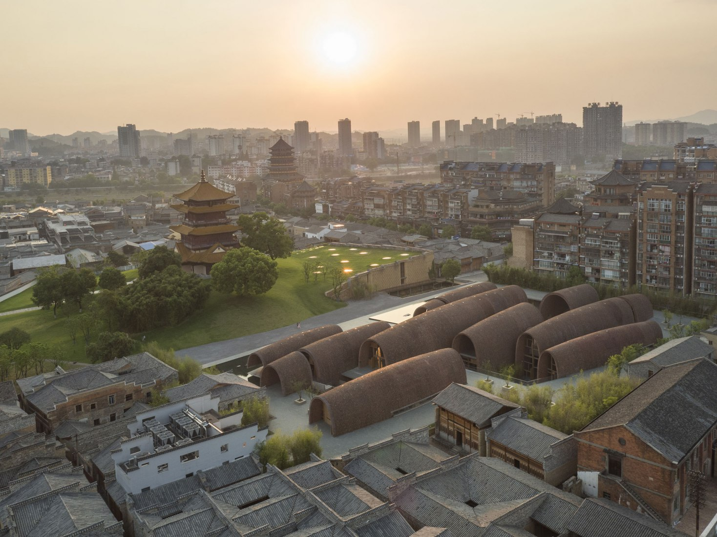 Museo del Horno Imperial Jingdezhen por Studio Zhu-Pei. Fotografía por Tian Fangfang