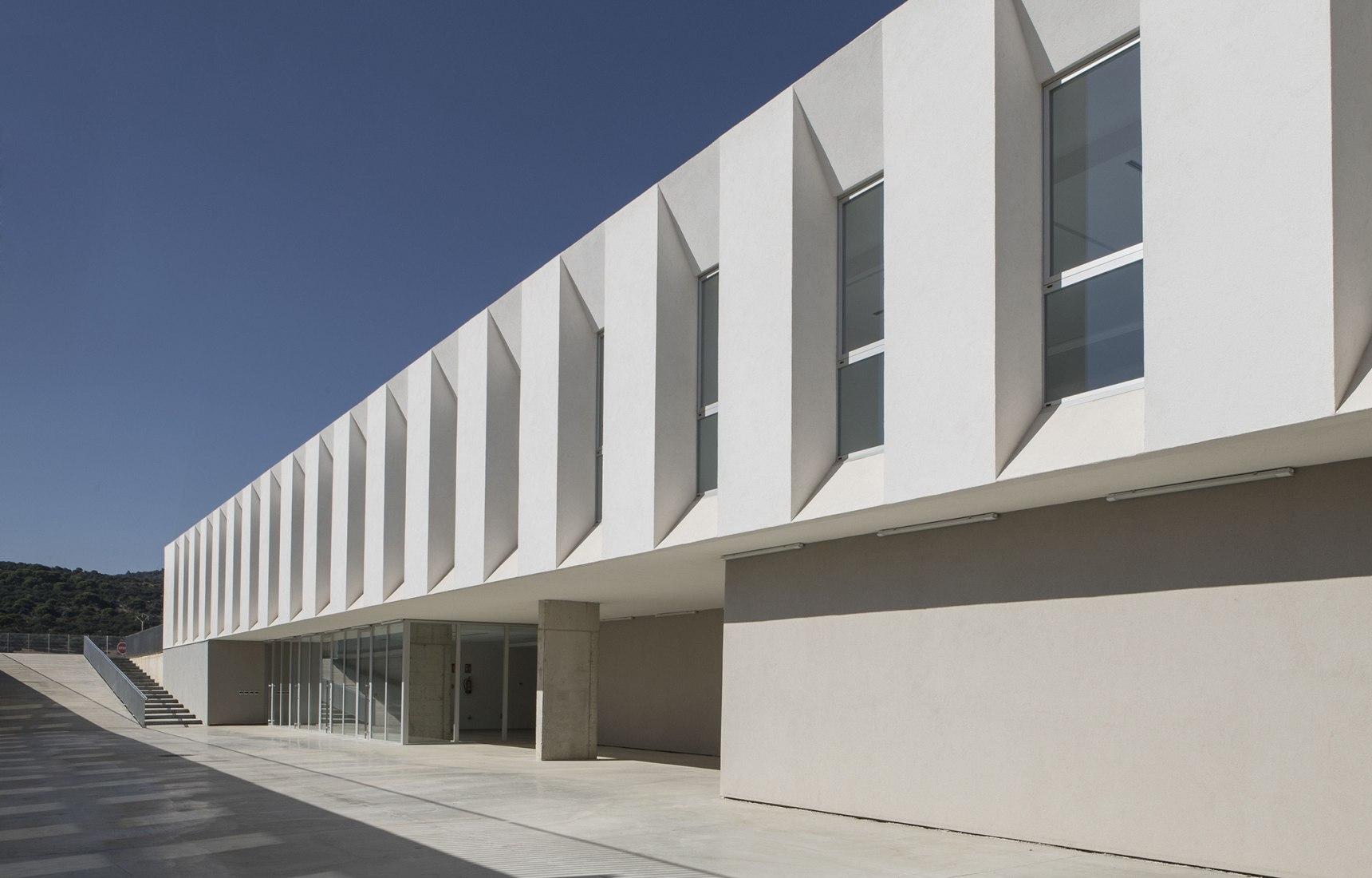 The bioincubadora by DUNAR arquitectos + Arquitectura Campos Alcaide. Photograph by RN Fotógrafos / Nicolás Yazigi.