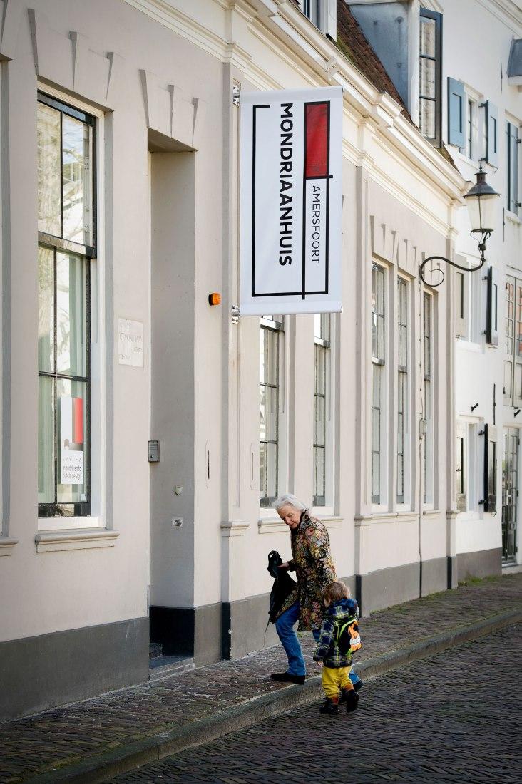 Casa donde nacio Mondrian transformada en un museo experimental. Fotografía © Mike Bink Photography