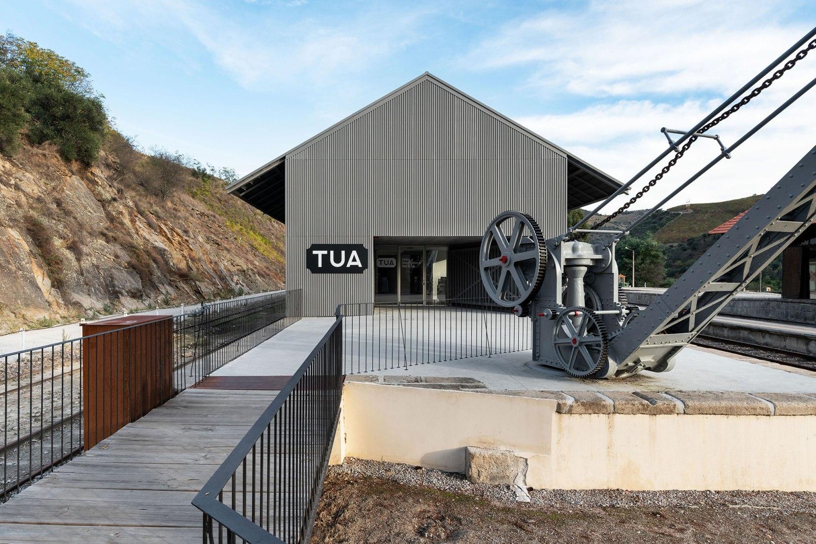 TUA Valley Interpretive Centre by Rosmaninho+Azevedo Architects. Photograph by Luis Ferreira Alves