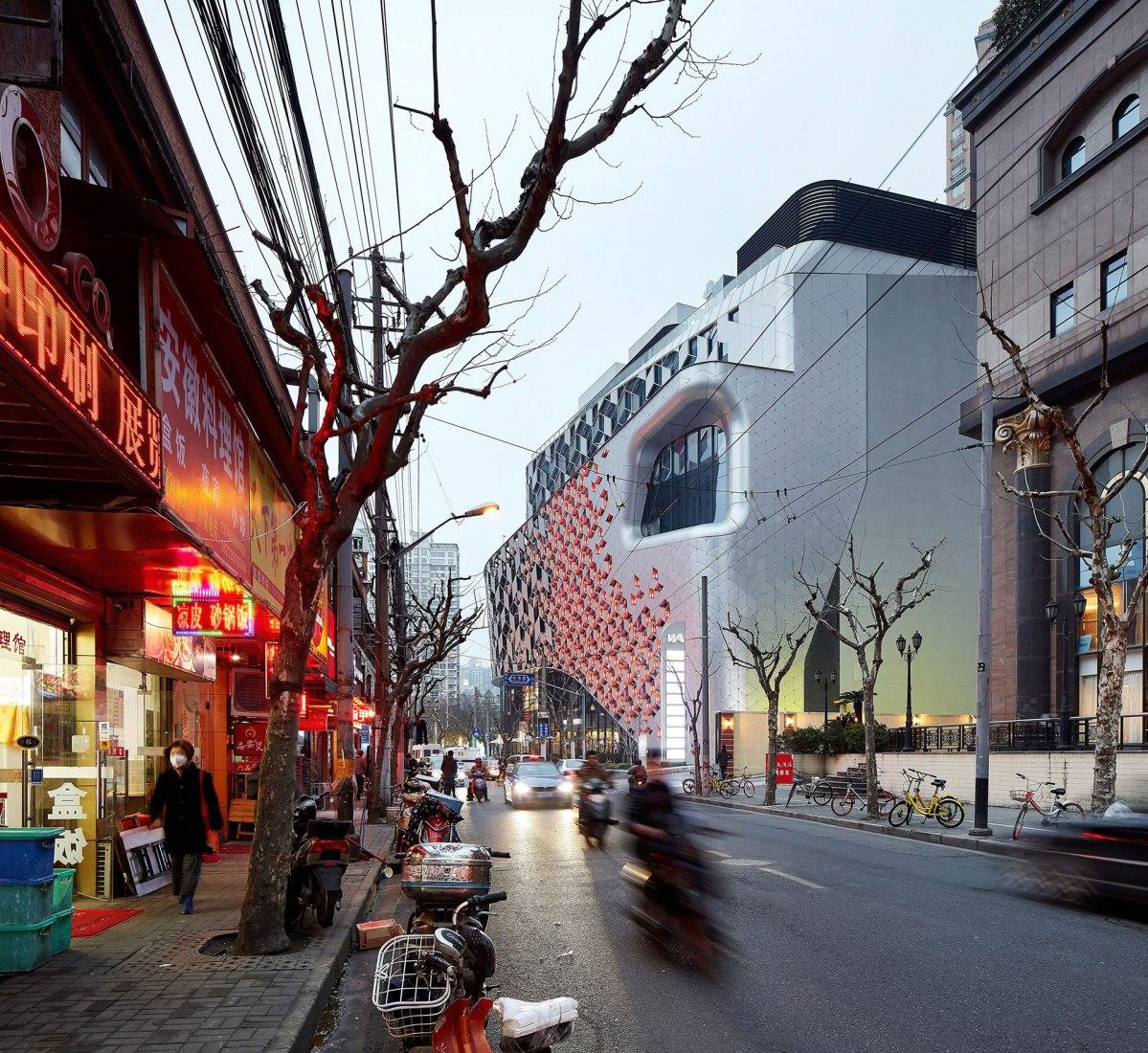 UNStudio completes Shanghai mall designed as 'vertical public square