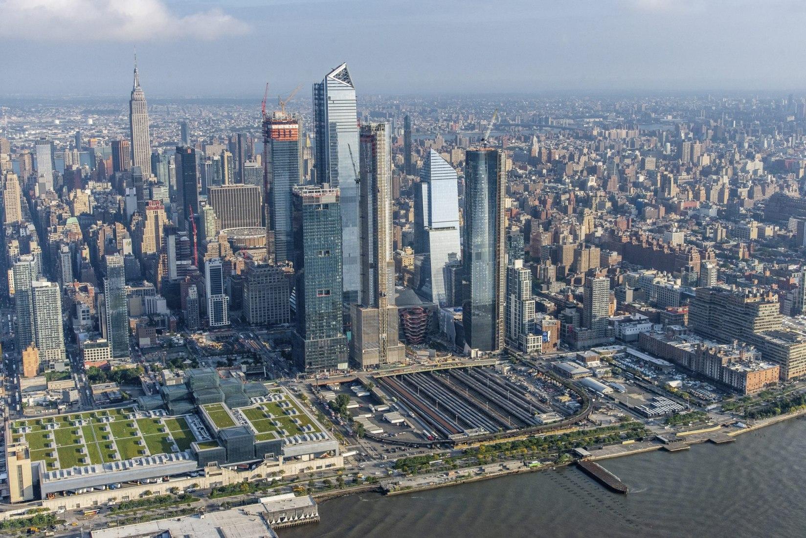 Thomas Heatherwick's NYC installation. Photograph by Hudson Yards New York, courtesy of Hudson Yards New York