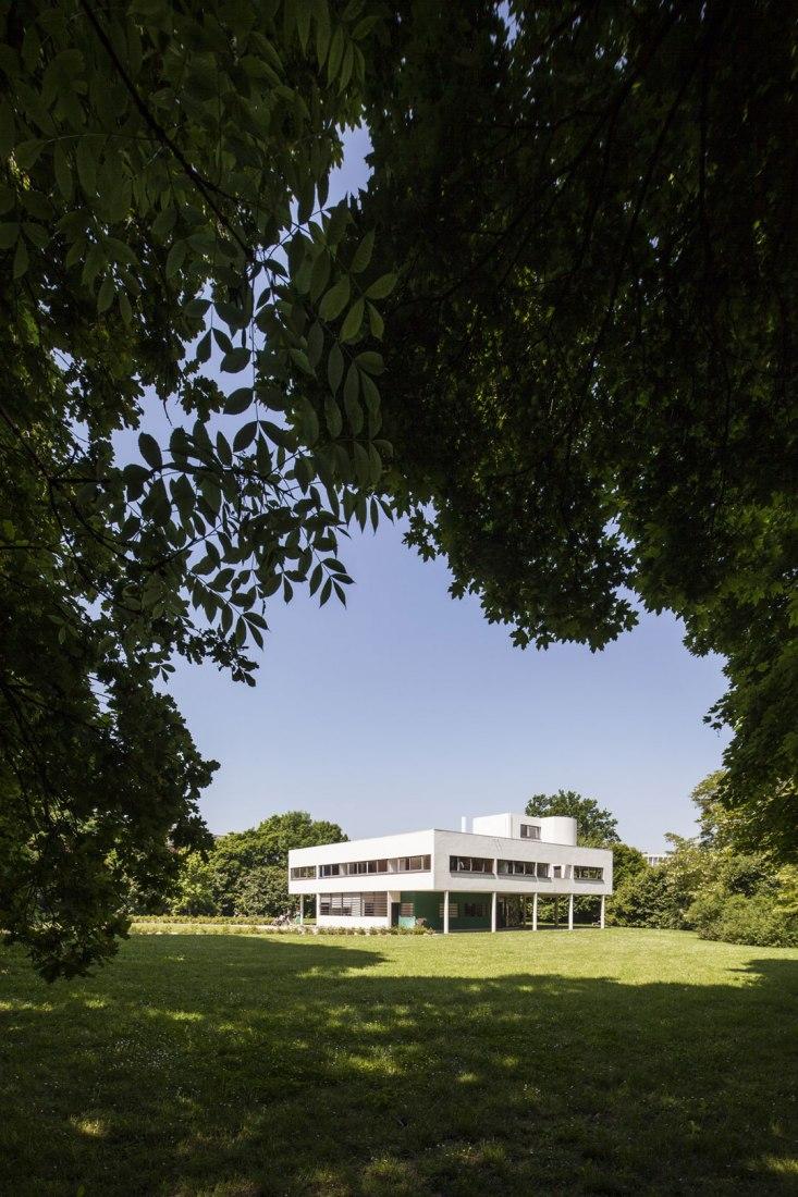 Vista exterior. La maquina de habitar de Le Corbusier: Villa Savoye. Fotografía © Montse Zamorano
