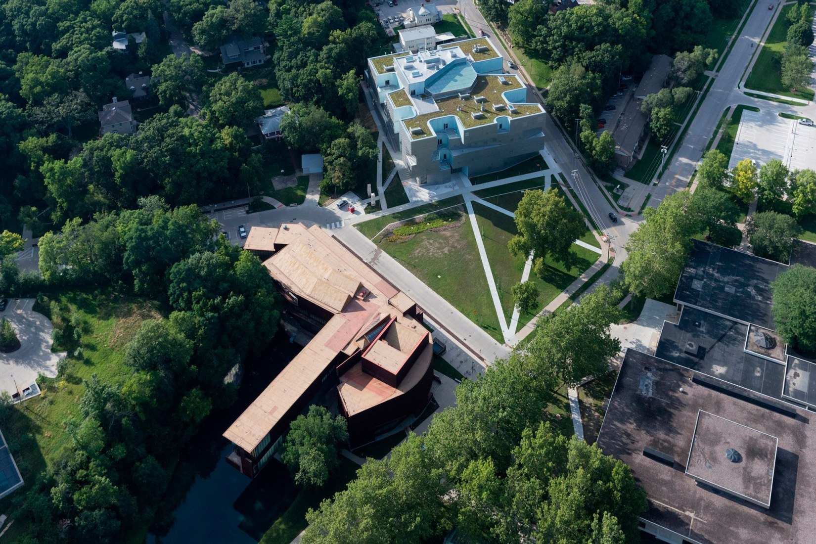 Overview. Visual Arts Building by Steven Holl. Photograph © Iwan Baan