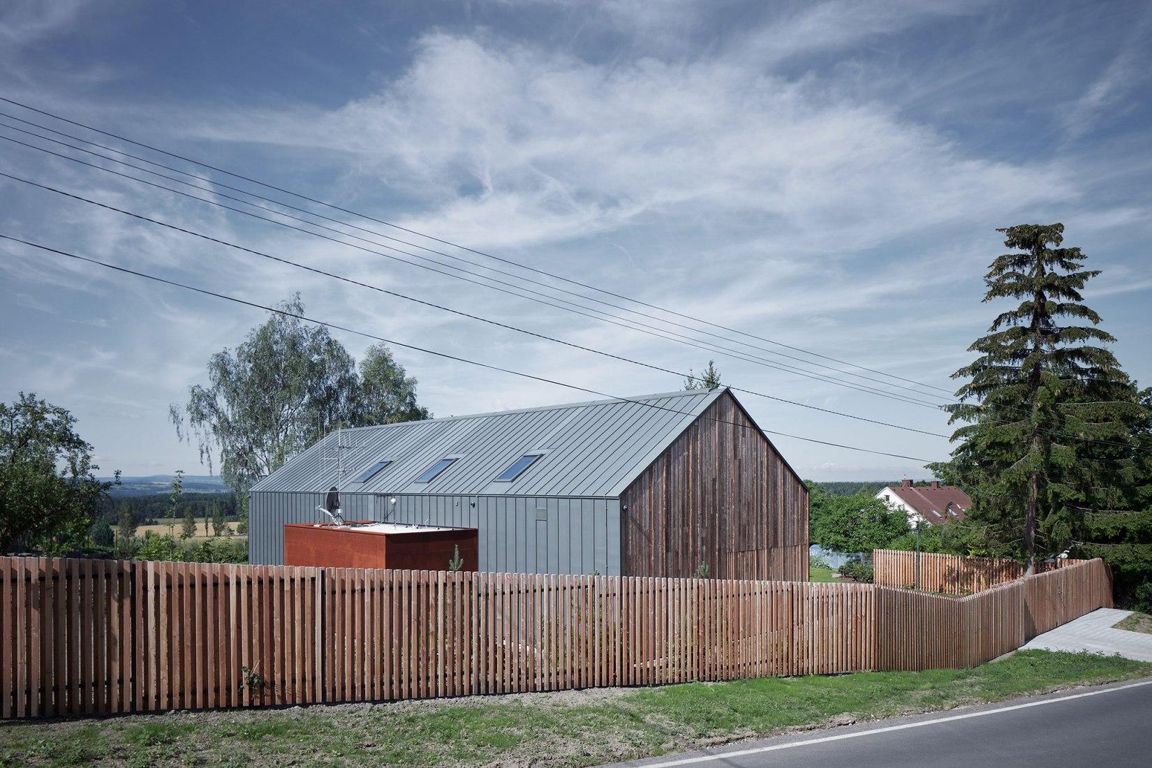Casa Engel por CMC architects. Fotografía © BoysPlayNice