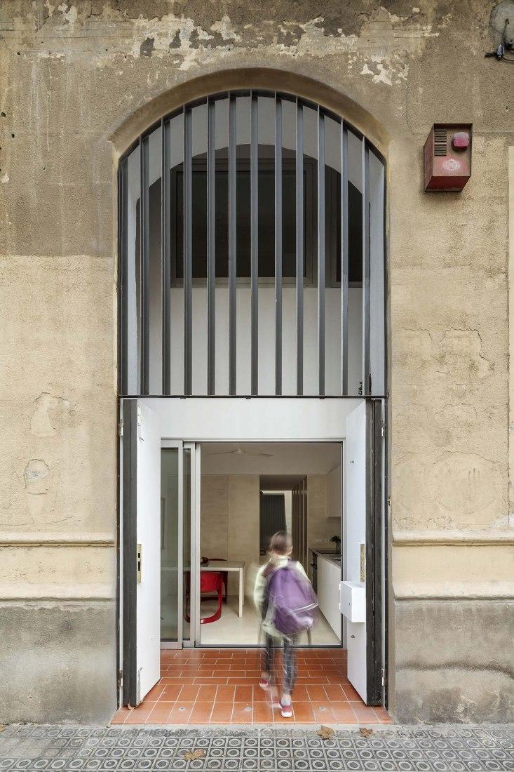 Apartamento Dan i Imma por Vora. Fotografía por Adrià Goula