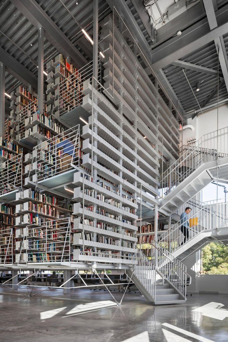 Mui Ho Fine Arts Library Cornell by Wolfgang Tschapeller. Photograph by Chris Cooper/Courtesy STV