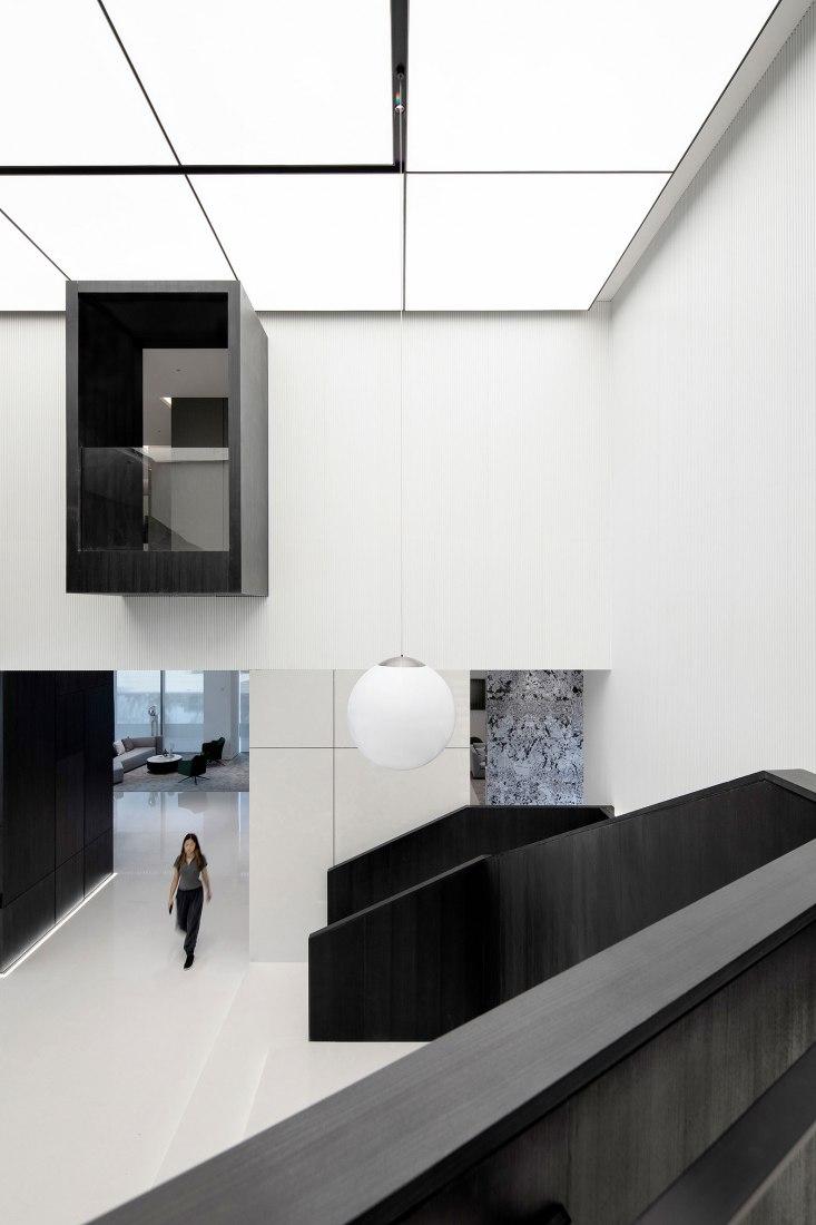 Oficina de ventas de Taiyuan Longcheng por W Studio. Fotografía por VIEW Architecture Photography