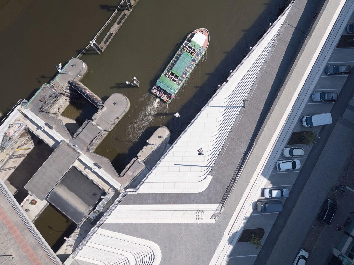 Niederhafen River Promenade by Zaha Hadid Architects. Photograph by Piet Niemann