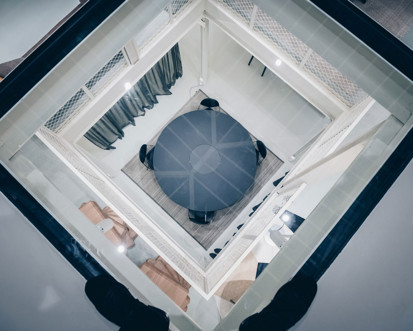 New RBC furniture showroom by Jean Nouvel. Photograph © Alexandre Rimond. Image courtesy Ateliers Jean Nouvel
