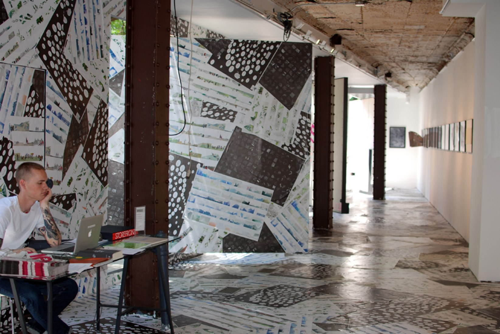 Storefront of Art and Architecture, July 2012. Courtesy of Ainhoa Martín.