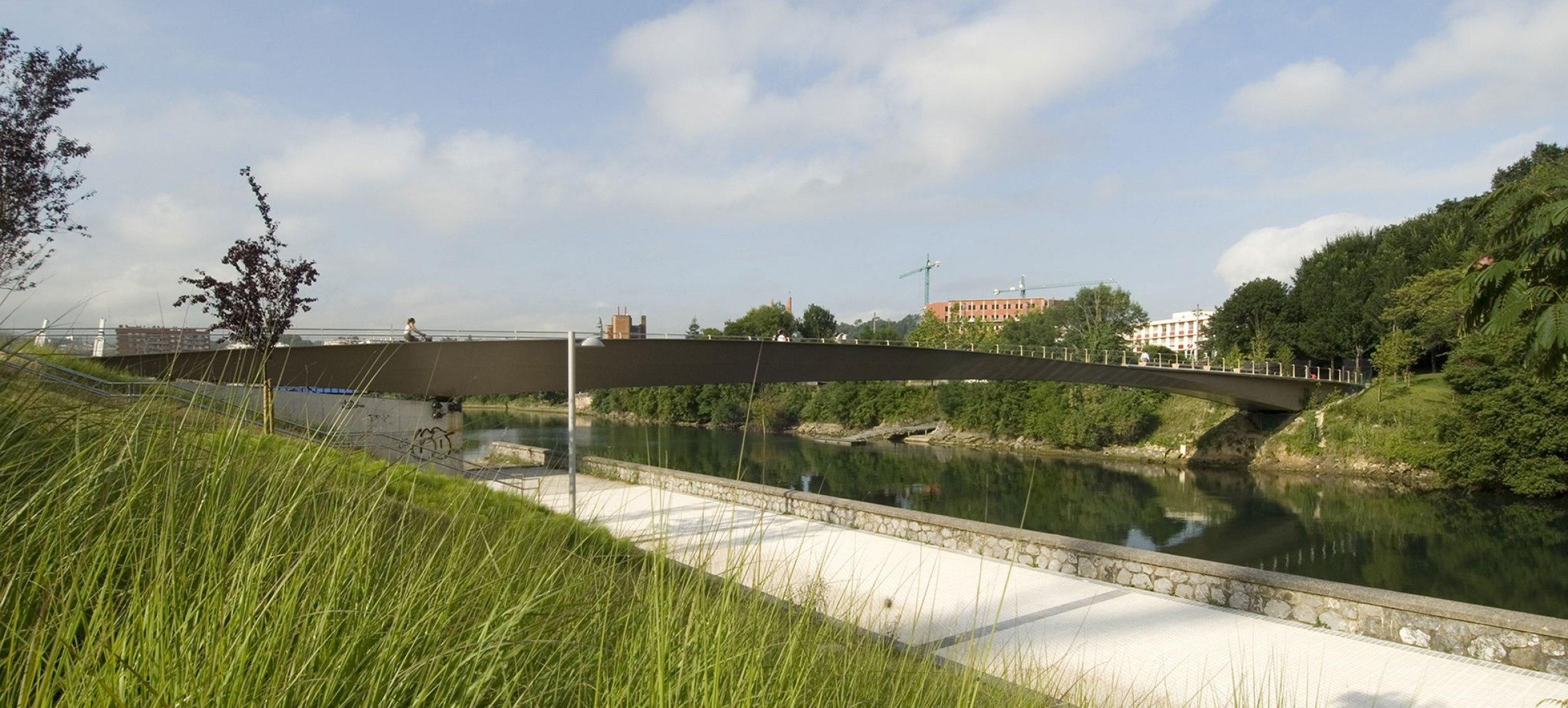 Pasarela Riberas de Loiola. Anta IC y Agence TER. Fotografía © Idoia Unzurrunzaga. Cortesía de Anta IC.